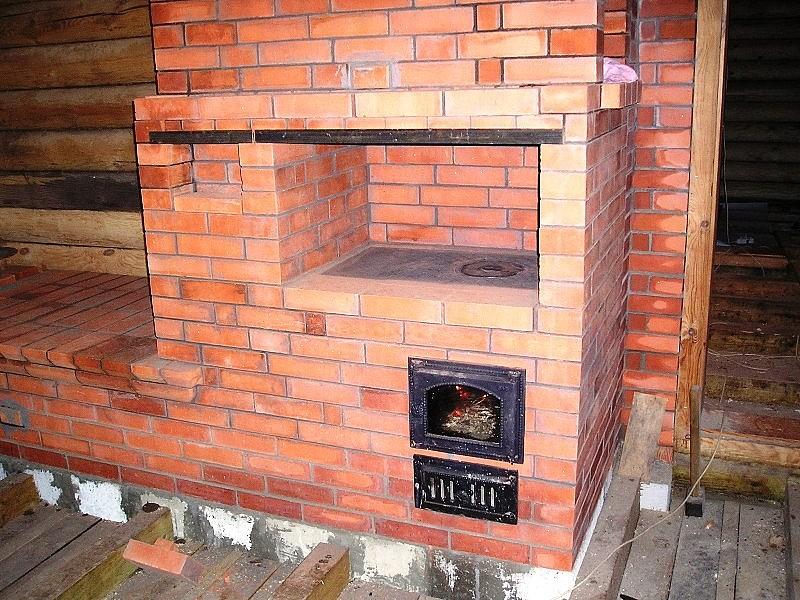 Кирпичная печь с варочной поверхностью