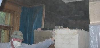 Как подвесить кирпичный дымоход