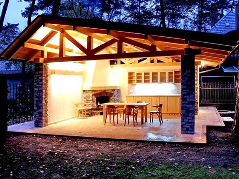 Конструкция со скошенной крышей