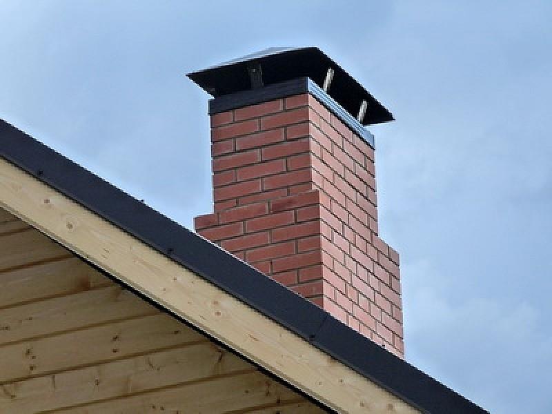 Кирпичный дымоход для деревянного дома